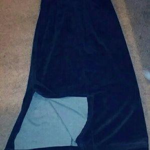 Vintage velvet style black maxi skirt!
